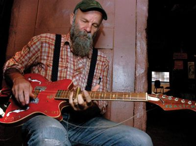 Three-String Trance Wonder Seasick Steve